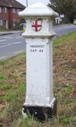 Type 2e post in West Molesey (no 99)